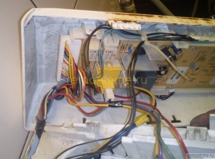 Панель с модулем управления вертикалки сма