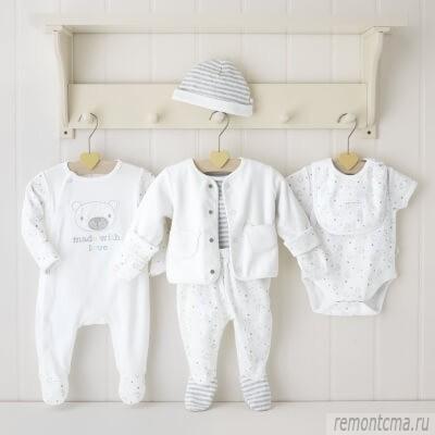 Чем и как стирать детские вещи для новорожденных