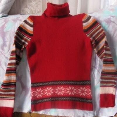 растянуть свитер