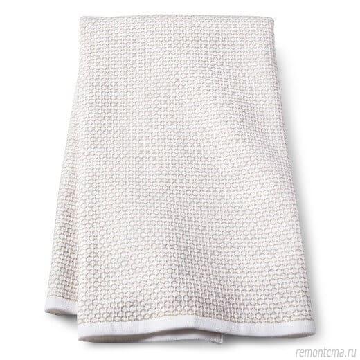 чистое полотенце